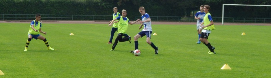 Trainiere mit Spielern aus ganz Deutschland