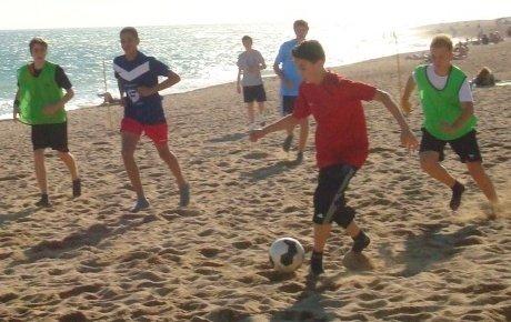 Fußball am Strand Barcelona