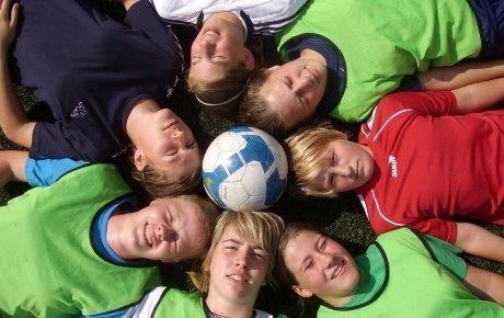 Gruppe Mädchen Fußball