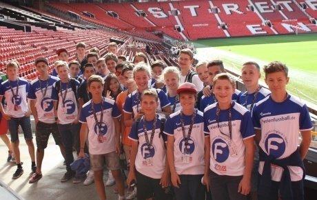Gruppe im Stadion