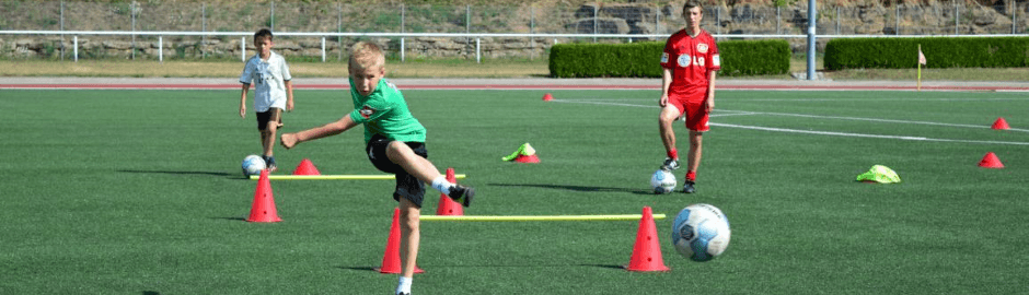 Fußball-Tagescamps (6-13 Jahre)
