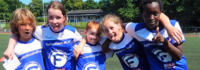 Freunde finden im Fußballcamp