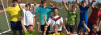 Wir setzen auf Teamgeist im Fußballcamp