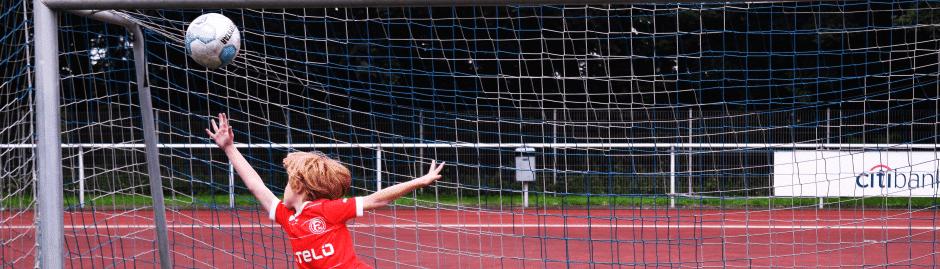 Fußball Freizeit Torhüter bei Ferienfussball